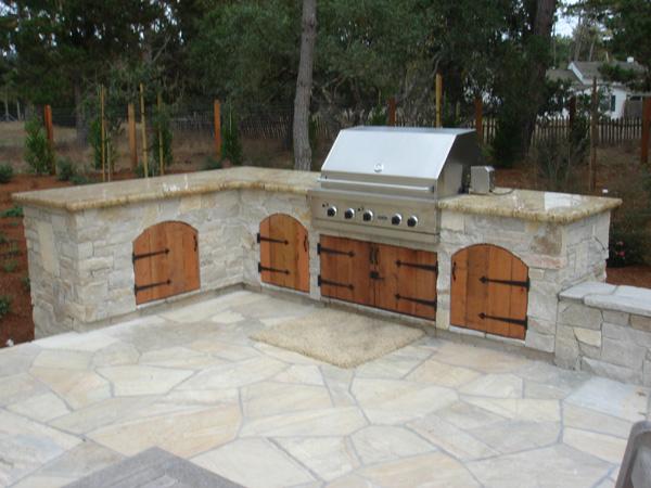 Douglas Landscape Construction Outdoor Kitchens